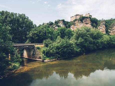 Les Châteaux de Bruniquel
