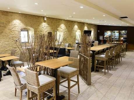 "Restaurant ""Midi au Château"""