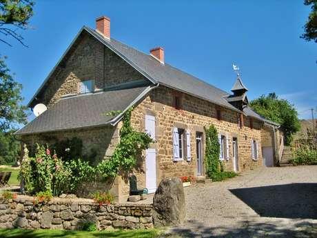 Location Gîtes de France - ARS - 8 personnes - Réf : 23G1226