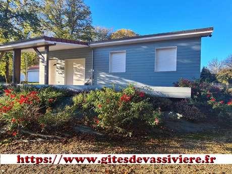 Location Gîtes de France - ROYERE DE VASSIVIERE - 6 personnes - Réf : 23G1466