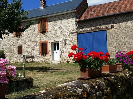 Location Gîtes de France - SAINT PRIEST - 5 personnes - Réf : 23G975