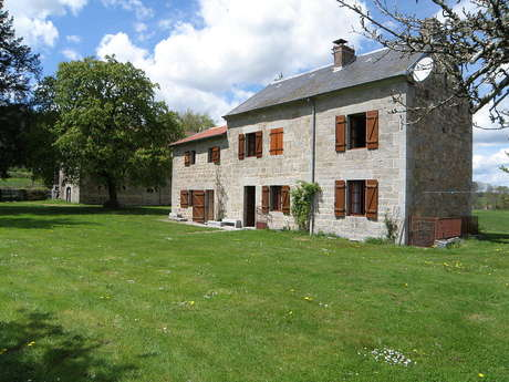 Location Gîtes de France - LA VILLETELLE - 9 personnes - Réf : 23G922