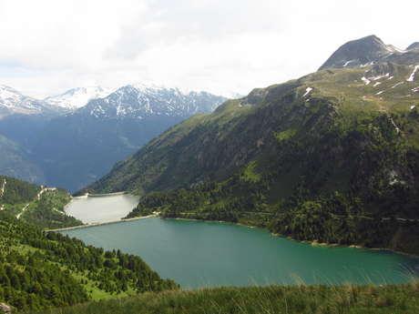 Lac de Plan d'Amont et Refuge du Fond d'Aussois
