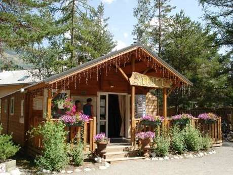 Camping Caravaneige et SPA l'Iscle de Prelles