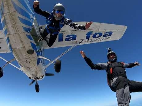 Saut en parachute (confirmés) - Centre école de parachutisme de Nouvelle-Calédonie