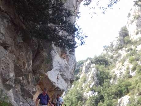 Rando passion : Les moyennes gorges du Verdon, un ruban d'émeraude