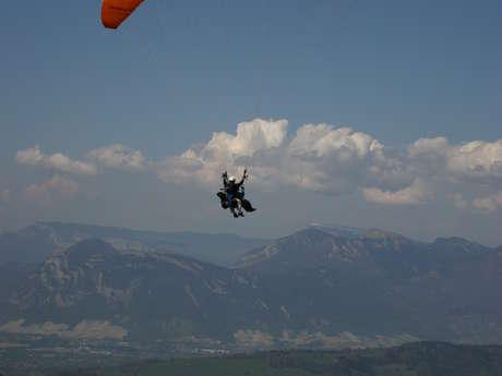Paragliding with Pegase et Particules