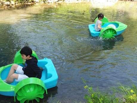 Water ball et pédalos enfants