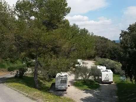 Aire d'accueil camping-cars - Villeneuve