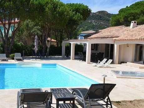 Meublé de tourisme - Villa des Pins - Melany Previnaire