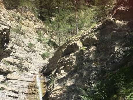Sentier botanique des gorges de Saint-Pierre