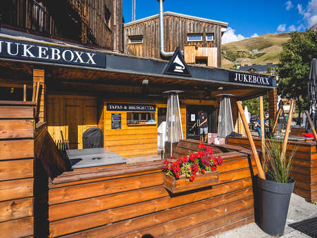 Bar Jukeboxx