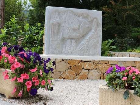 """Sculpture """"La Grotte des Fées"""" de Françoise Franjou"""