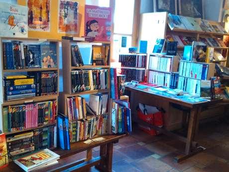 """Librairie """"Les Pages Libres"""""""