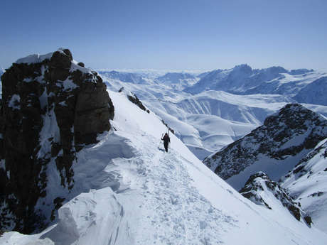 Crossing the Grandes Rousses in ski touring