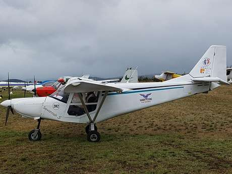 Microlight discovery flight with Handy Flying / ULM de Provence