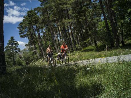 Boucle cyclotouristique Le Tour des Lacs