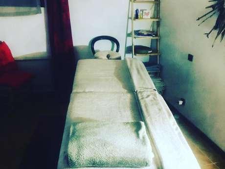 Énergéticien - Magnétiseur - Praticien massage Bien-être - Conseiller en aromathérapie