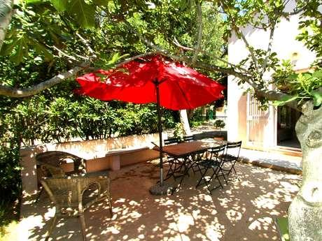 """Villa """"Les Figuiers"""" Hameau de la Nicolinière - Route du Mimosa"""