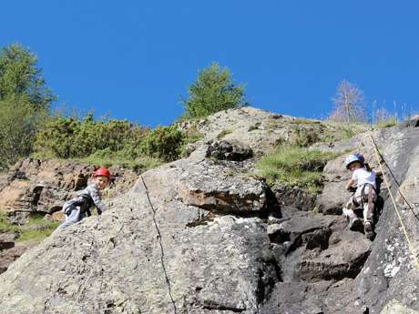 Rock climbing courses with the the Guide Office