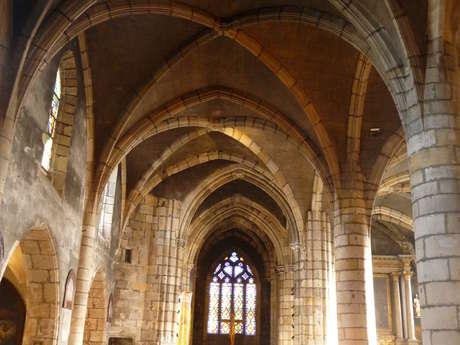 Visite nocturne de l'église Notre-Dame