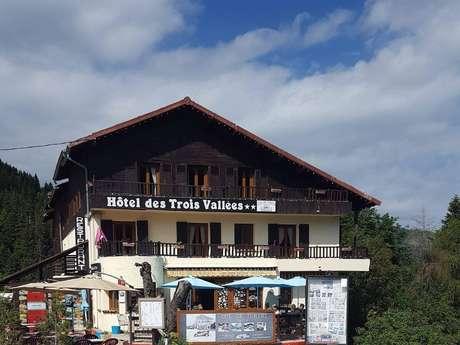 Hôtel Restaurant Les Trois Vallées