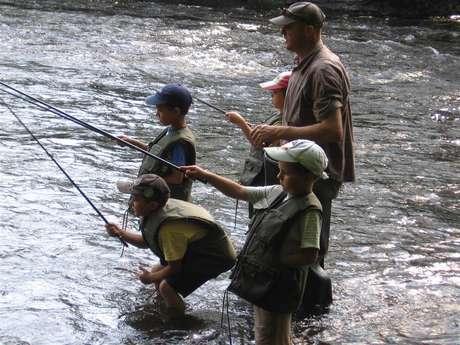 Serge Debatisse : moniteur guide de pêche et animateur tir à l'arc