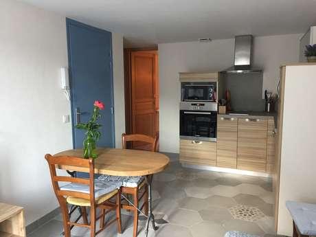"""Appartement T2 Maison du chat roi """"Lavande"""""""