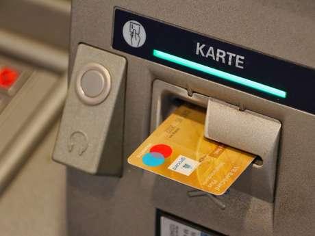 Distributeur 24/24 Banque de Savoie
