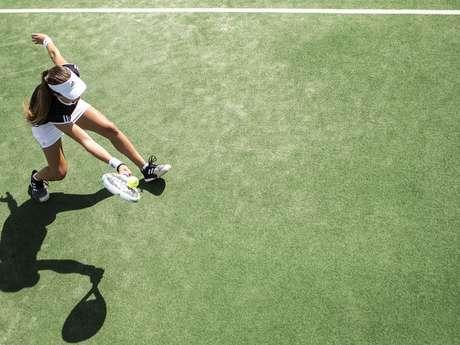 Enseignement du tennis tout public