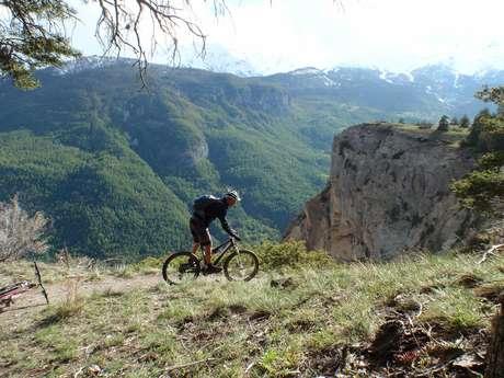 La Grande Traversée des Hautes Alpes en VTT avec MTB Ecole de VTT