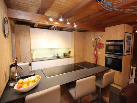 Chalet Teremok - Luxuriöses 5-Zimmer-Chalet, Sauna und Innen-Whirlpool