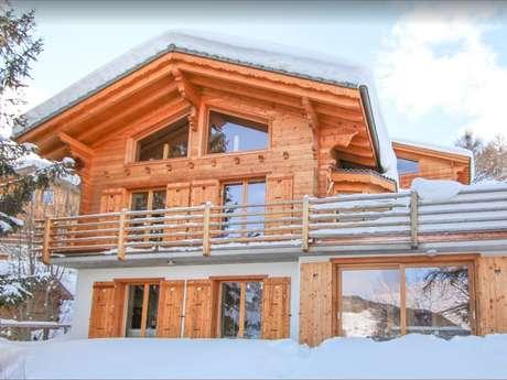 Chalet Teremok - Chalet de luxe de 5 chambres, sauna et jacuzzi