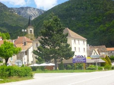 """Hôtel """"Les Alpins"""""""