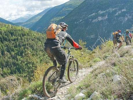 007 TransVerdon Tronçon - De la Montagne de Maurel à Saint-André-les-Alpes