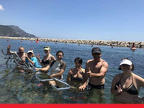 Cours d'aquabike en mer
