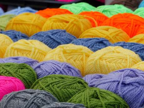 Marché laine et soie