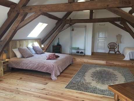 Chambres d'hôtes Domaine Les Grands Pérons - Chambre Rustique