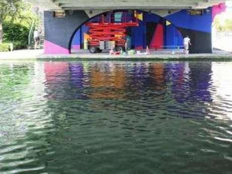 Croisière Street Art Avenue sur le canal Saint-Denis de Paris au 6b