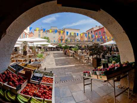 Les marchés d'été de Couleuvre
