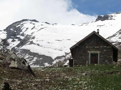 Alpages, Cabanes et Vie Montagnarde