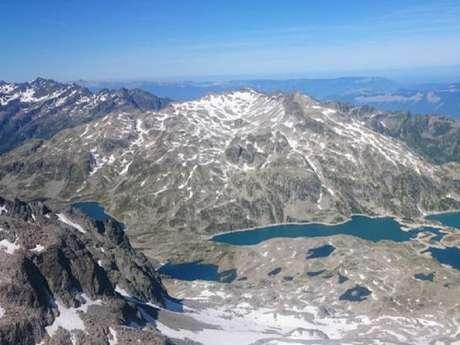 Randonnée Pédestre à la Journée Lac de Montagne en Belledonne