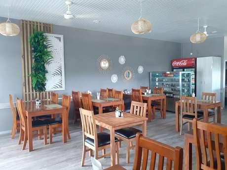 Le Sweet Café