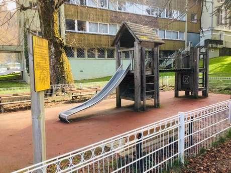 Parc de jeux pour enfants au Parc des Forges
