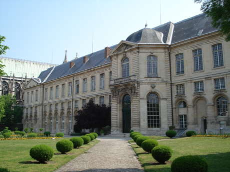 The house of education of the Legion of Honour