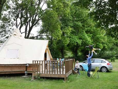 Camping Nid du Parc Tipi