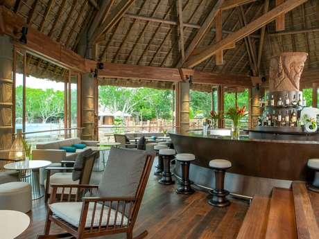 Creek Bar - Sheraton New Caledonia Deva Spa & Golf Resort