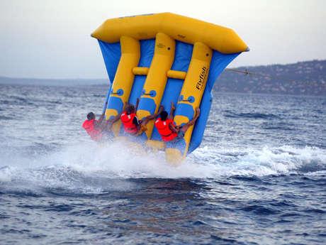 Jeux nautiques : Bouée tractée