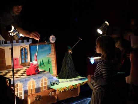 Puppet Theatre - The King's Nightingale
