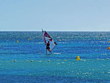 Windsurfing-Spot am Strand von Gros Pin